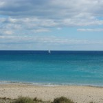 Louer un bateau et accéder aux plus belles plages sauvages